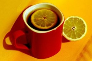 tea with lemon 2448558 300x198 tea with lemon 2448558