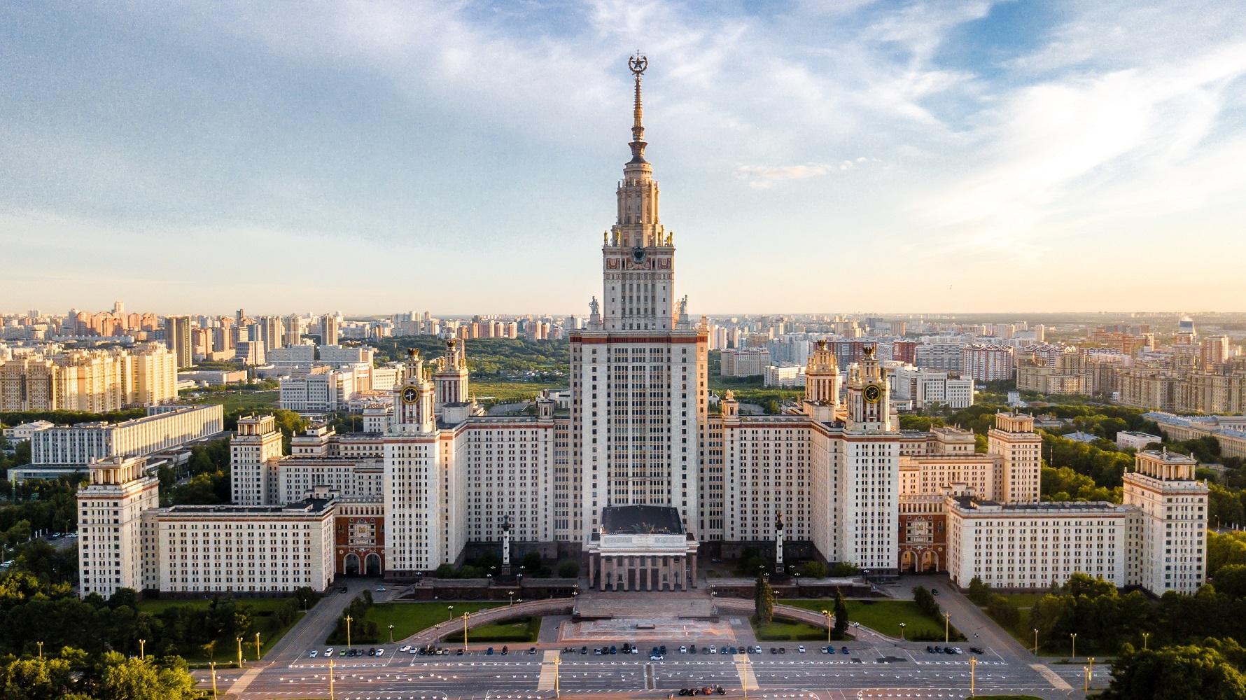 Los pronombres en Ruso